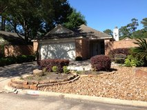 NICE Patio Home for Lease - Kings Crossing; Available October in Kingwood, Texas