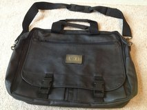Accent International Briefcase 17in x 12in x 4in Black 80831 Leather Fabric in Aurora, Illinois